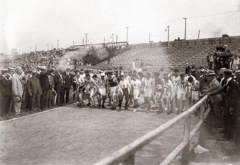Start of the 1904 Olympic Marathon Race.