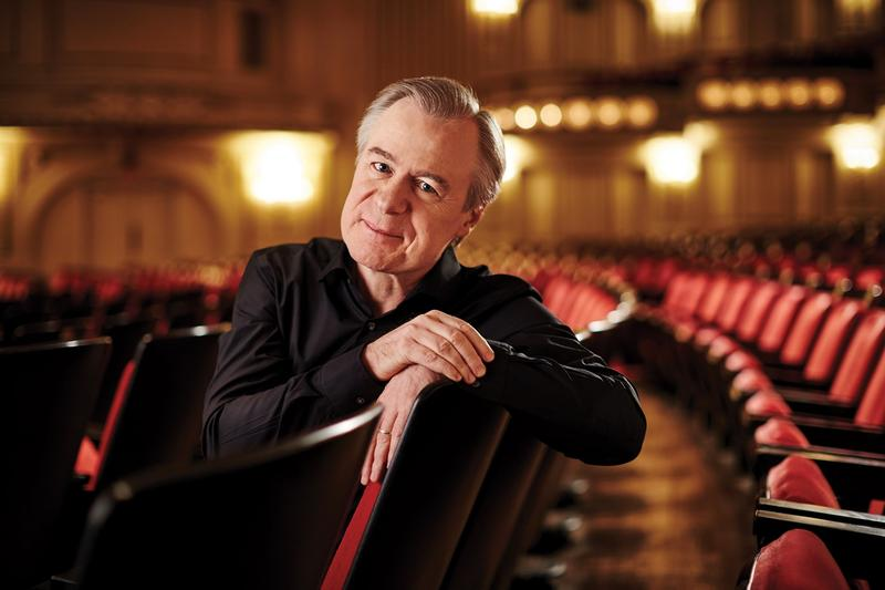 "omplishments with the St. Louis Symphony Orchestra include a 2014 Grammy Award for a performance of John Adams' ""City Noir."""