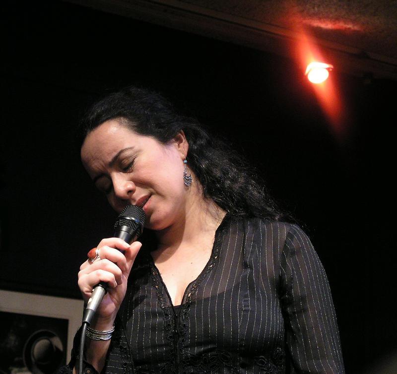 Claudia Acuna-2003