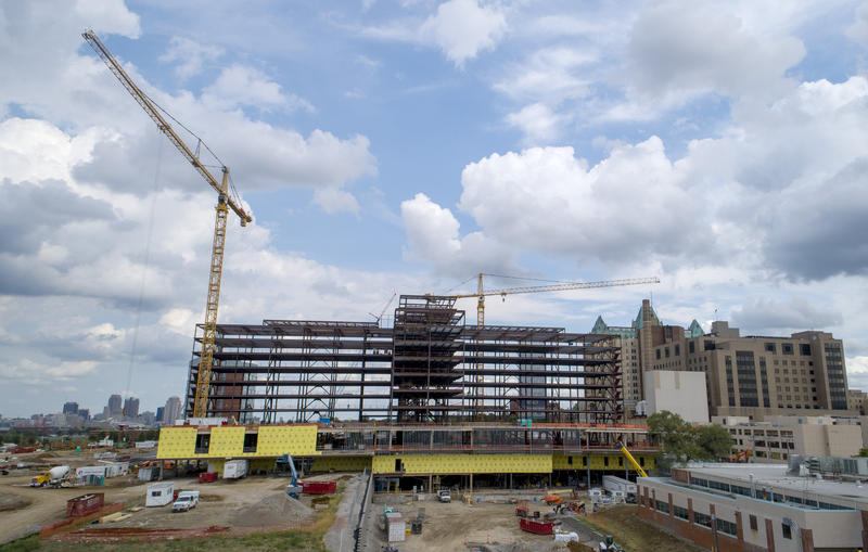 Construction continues on the 802,000-square-foot replacement hospital and outpatient care center for SSM Health Saint Louis University Hospital. Aug 16, 2018
