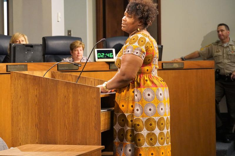 Kerah Braxton, an employee of the St. Louis County Justice Center, speaks at the Sept. 4, 2018, meeting of the St. Louis County Council. Nurses and corrections workers will get between a 10 and 16 percent raise under a plan that could be finalized soon.