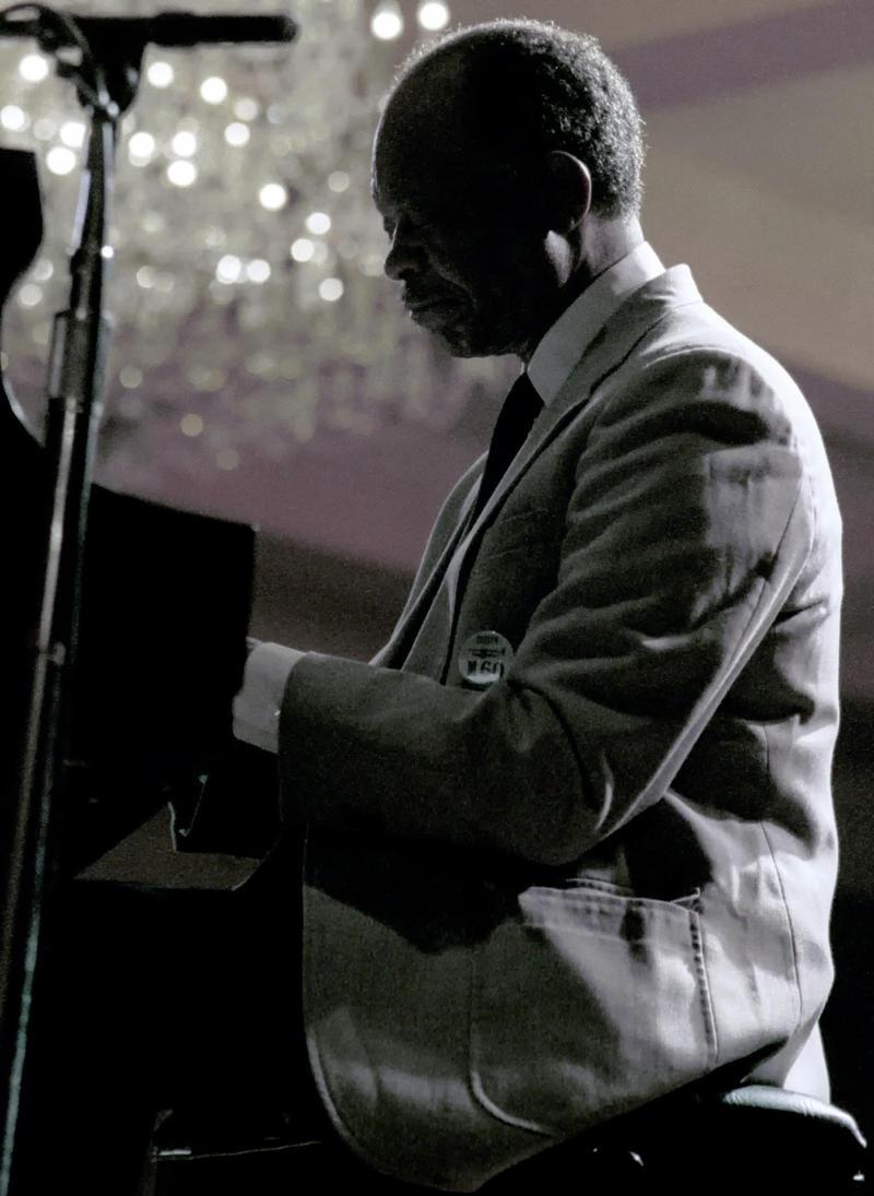 Hank Jpnes-1987