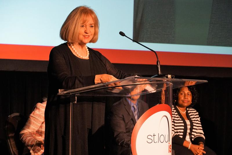 St. Louis Mayor Lyda Krewson announces a plan to overhaul the America's Center Convention Complex on Oct. 3, 2018.