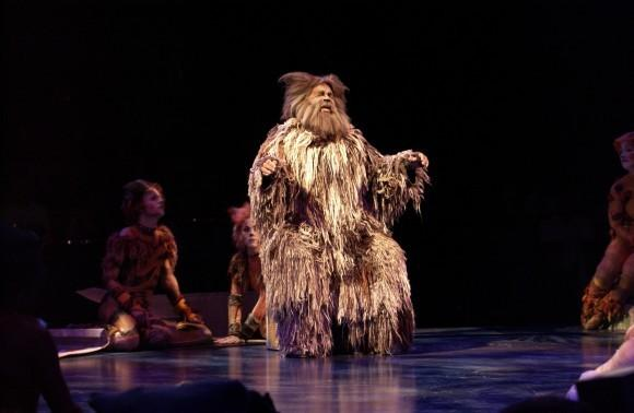 "Ken Page reprised his role as Old Deuteronomy in The Muny's 2010 production of ""Cats,"" a role he originated the musical's 1982 Broadway debut."