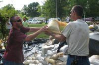 Sandbagging crew at Arnold City Park
