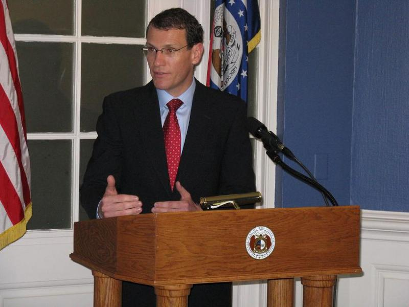Mo. Treasurer Clint Zweifel addresses reporters on June 23, 2009, at a press conference at the State Capitol.