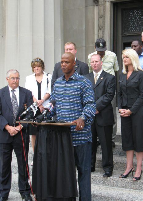 Former Major League Baseball star Darryl Strawberry announces his support for efforts to pass an autism coverage mandate in Missouri