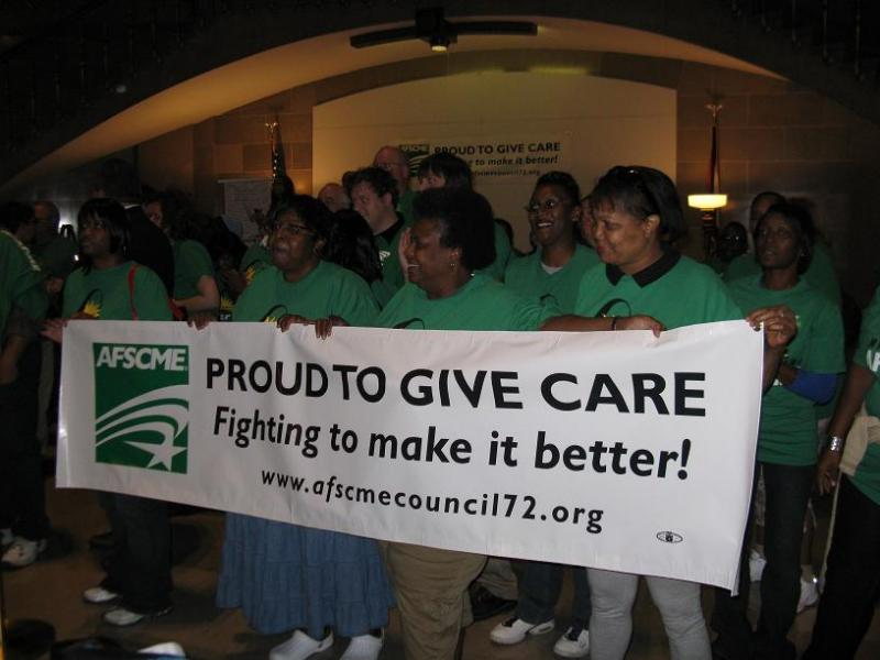 AFSCME members rally for higher wages at the Mo. State Capitol.