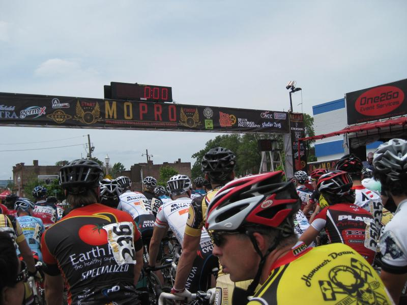 Riders mass for the start of the Category 2/3 race at the Tour de Grove.  This was a top amateur race of the weekend.