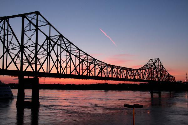 Martin Luther King Bridge over the Mississippi River between St. Louis and East St. Louis. Built in 1951 and named as Veterans Memorial Bridge, it was dedicated in King's honor in 1968. (Brock Roseberry/Wikimedia Commons)