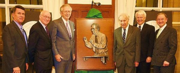 l to r: Don Weigand, Martin Feldstein, Richard Mahoney, Murray Weidenbaum, Steve Smith, and Chancellor Mark Wrighton – 2013 Tribute Unveiling
