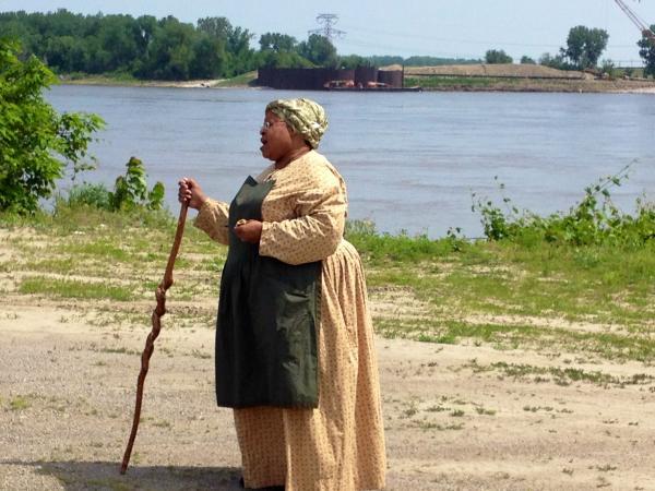 Angela da Silva, adjunct professor in American studies at Lindenwood University, re-enacts the night of Mary Meachum's freedom crossing.