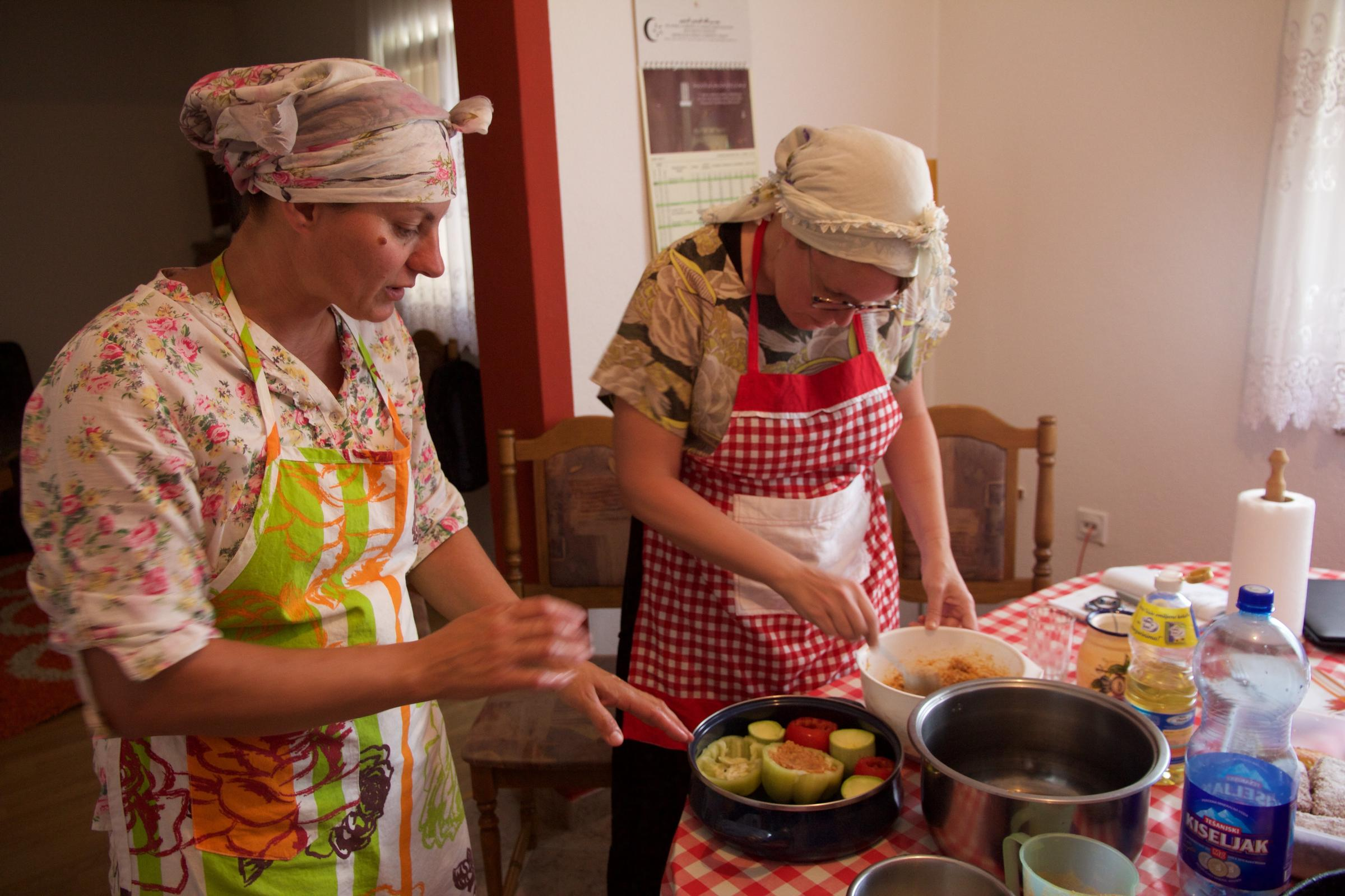 Missouri Botanical Garden scientist eats with Bosnians to learn how ...