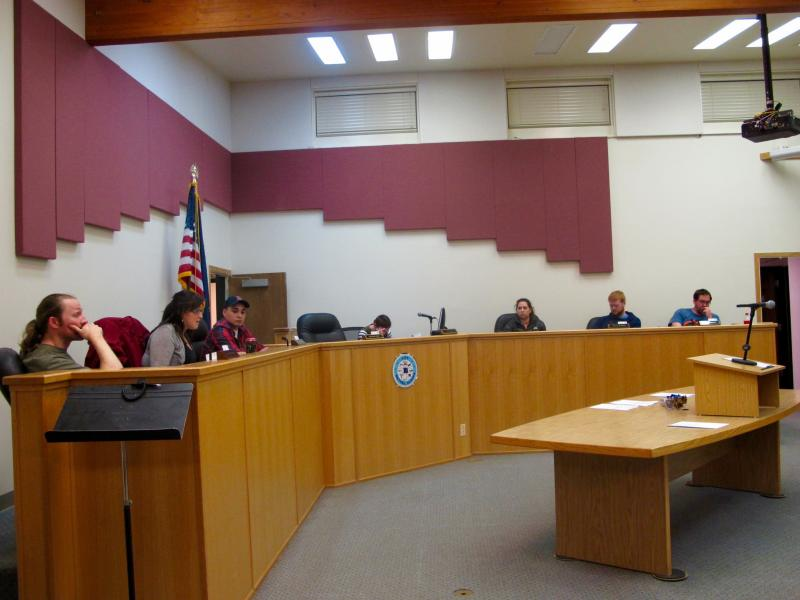 Bethel City Council discusses the proposed ordinance overhauling the city's alcohol laws.