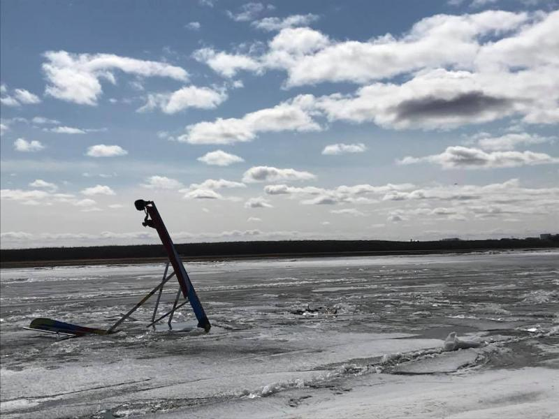 The Kuskokwim Ice Classic Tripod began sinking Wednesday afternoon on May 2, 2018, but the clock continues counting down to break up.