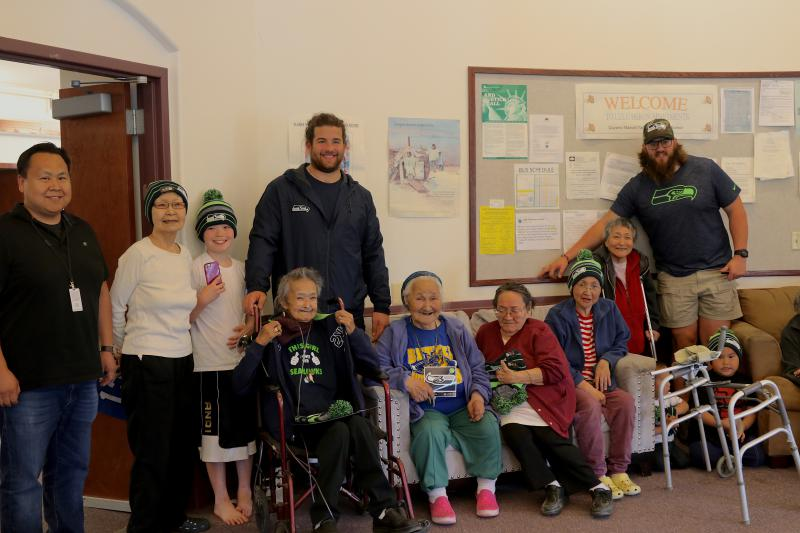 Seattle Seahawks offensive linemen Joey Hunt and Jordan Roos visited the Lulu Herron Elders Home on July 11, 2018.