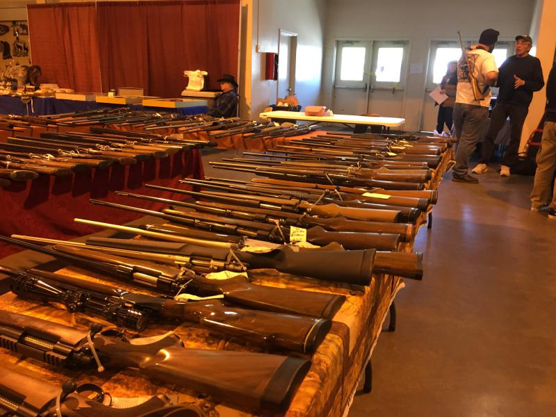 Tables of rifles and shotguns