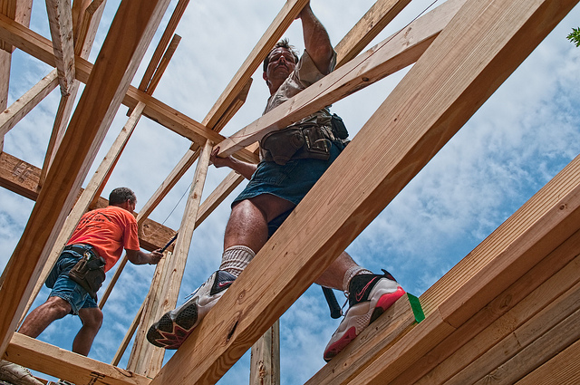 Construction labor shortage may slow new home building for for Building a house in michigan