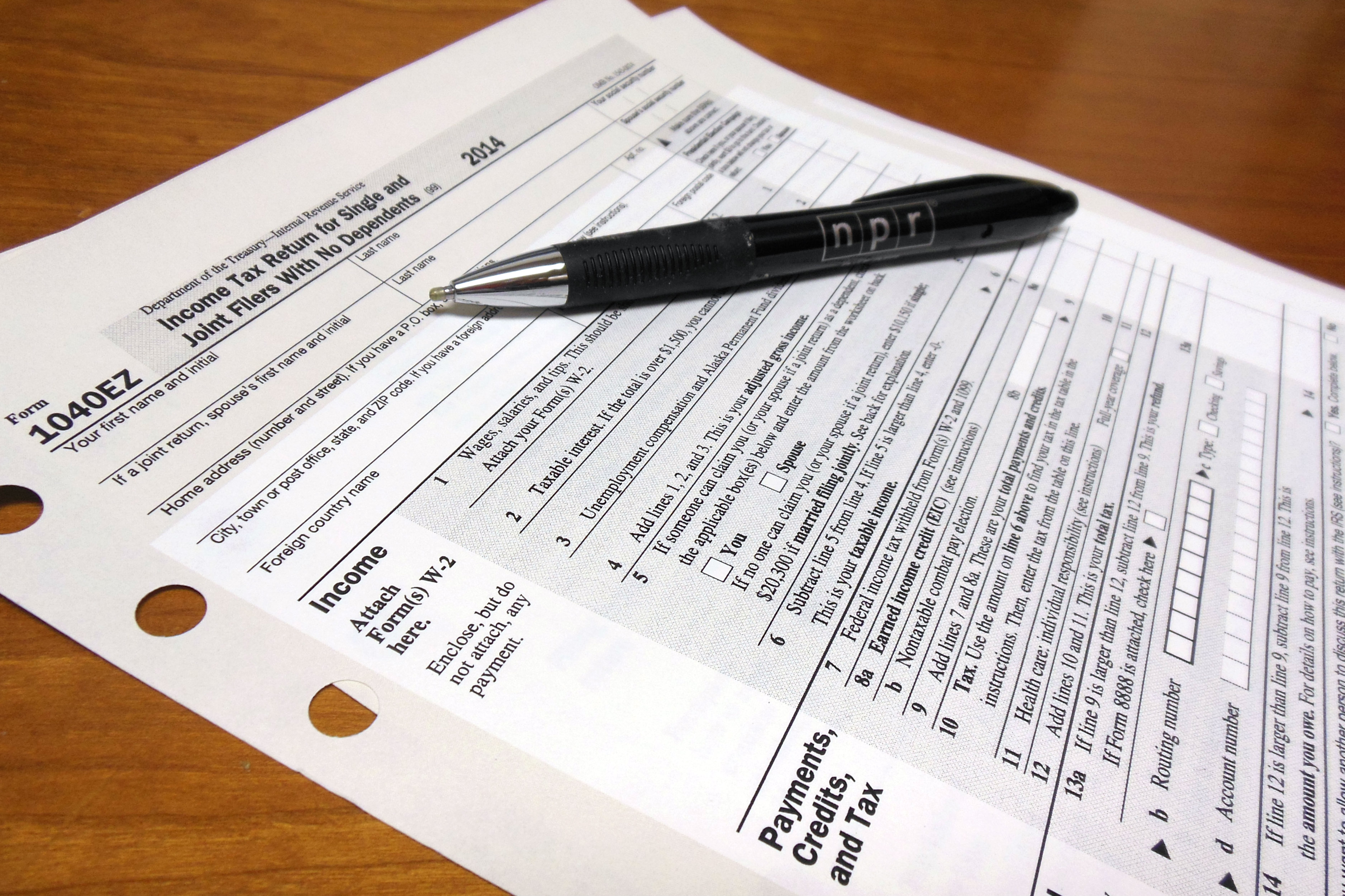 Many Who File Their Taxes On Paper In Michigan Have A Hard Time