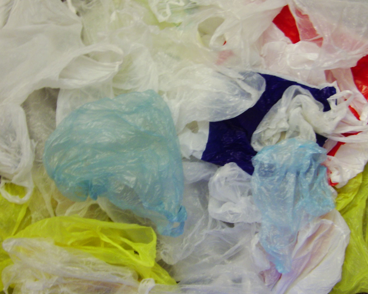 Lawmakers try to restrict cities from taxing, regulating plastic ...