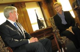 Governor-elect Rick Snyder and Governor Jennifer Granholm