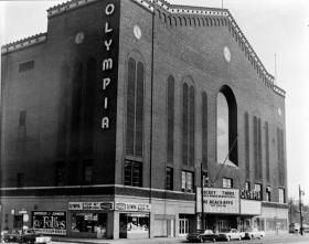 Budd Lynch began his career with the Red Wings at Detroit's Olympia Arena.