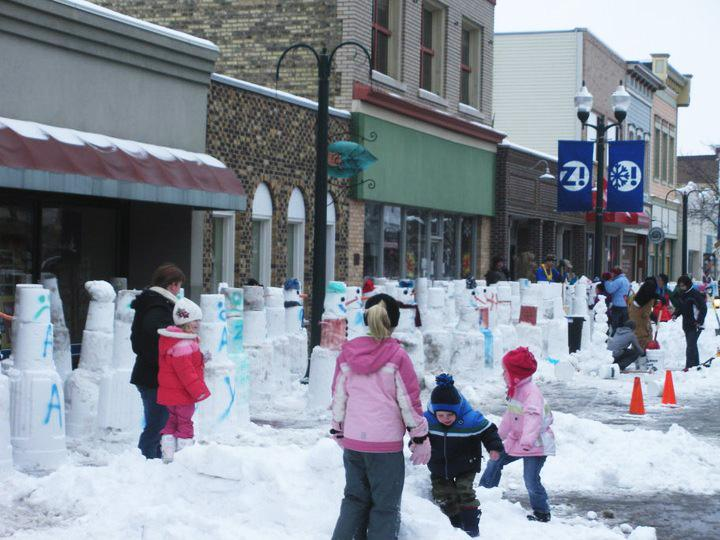The city of Zeeland placed second in the snowman making contest (second out of three cities).