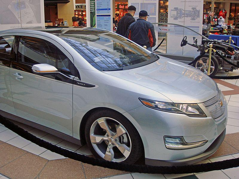 Many Experts Expect The Chevy Volt To Win Car Of Year Award