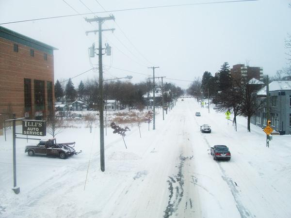 Few commuters in Ann Arbor today - Huron Street