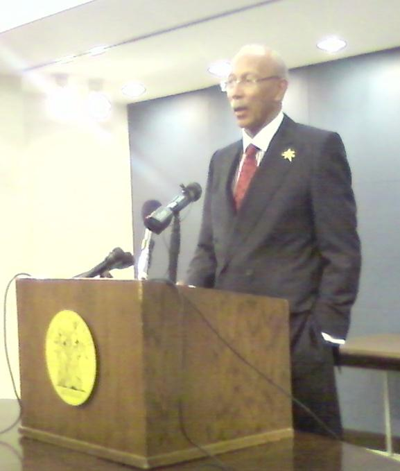 Detroit Mayor Dave Bing announces the partnership