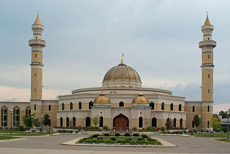 The Islamic Center of America, the largest mosque in the United States. Pastor Terry Jones wants to hold a rally near the mosque.