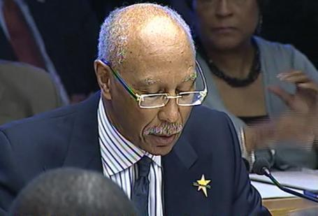 Detroit mayor Dave Bing dleivers his budget proposal to the city council