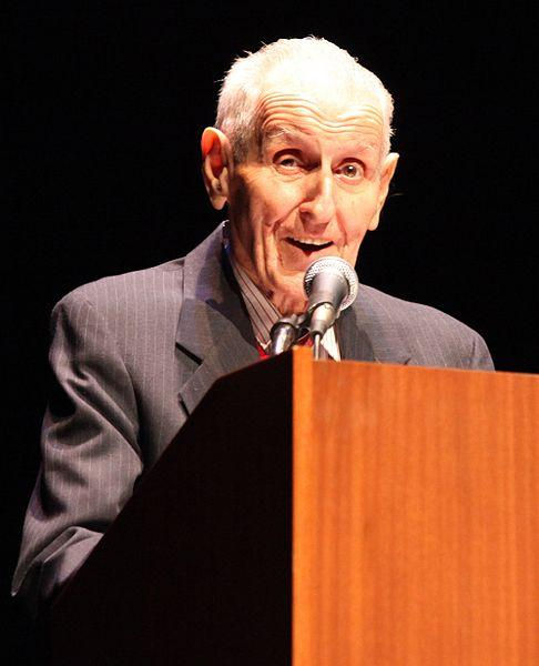 Jack Kevorkian speaking at UCLA last January.
