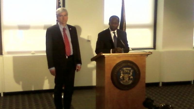 Governor Snyder introduces Roy Roberts Wednesday