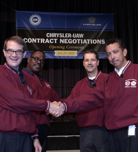 From left - UAW President Bob King, UAW Vice President Chrysler Department General Holiefield, Chrysler Senior Vice President of Manufacturing Scott Garberding and Chrysler Vice President of Employee Relations Al Iacobelli.