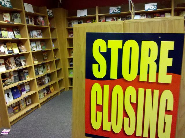A going out of business sale at a Borders bookstore in Washington D.C.