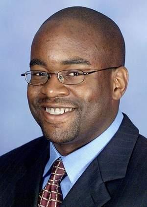 State Sen. Tupac Hunter
