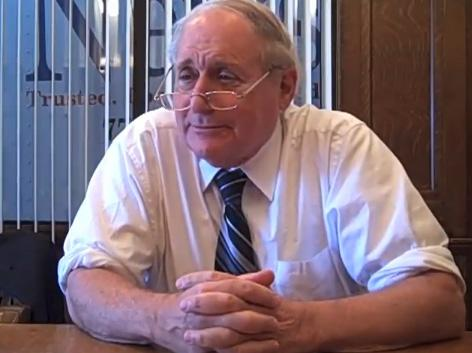 Michigan U.S. Senator Carl Levin recounts the apple pie throwing incident in a YouTube video.