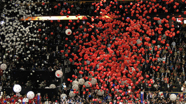 Balloons drop at the Republican Convention in 2008.