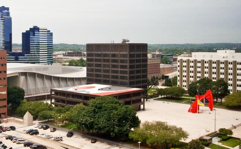 Grand Rapids City Hall and the Kent County building sit next to each other next to Calder Plaza downtown.