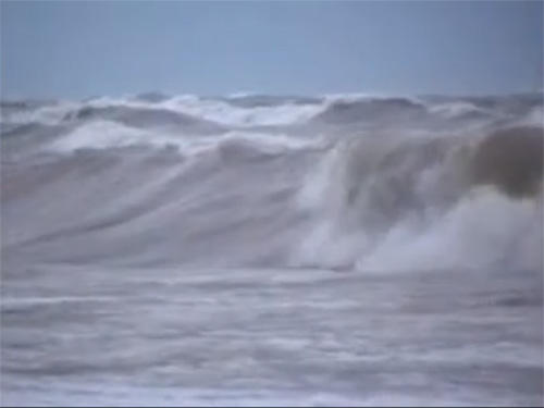 Big waves on Lake Michigan in 2007.