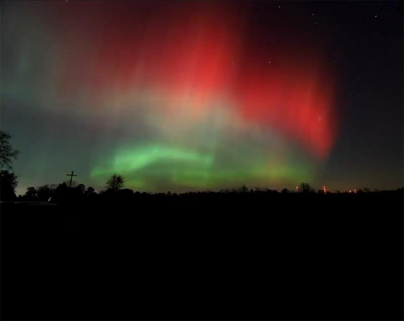 Last night's northern lights as seen in near Martin, Michigan.