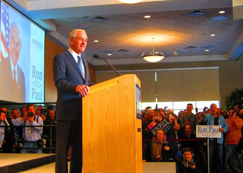 Ron Paul speaking at The Pinnacle Center in Hudsonville Sunday afternoon.