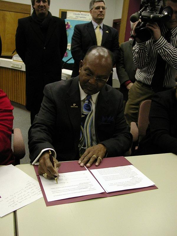 Lansing school superintendent Dr. T.C. Wallace (file photo)