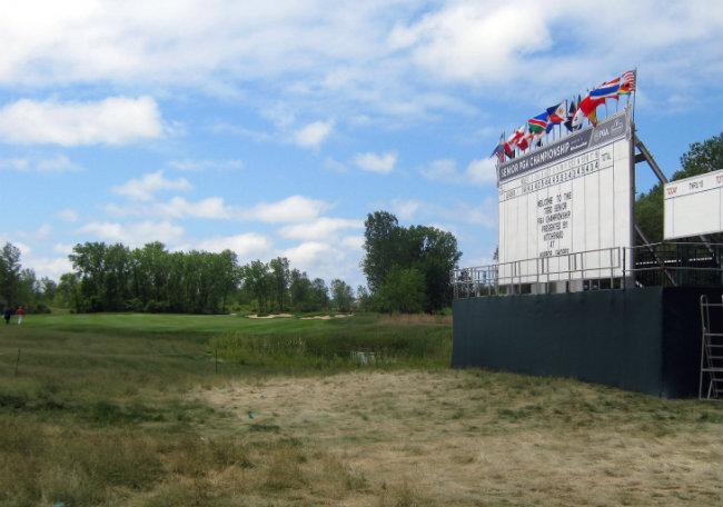 The scoreboard in front of the first hole at Harbor Shores.