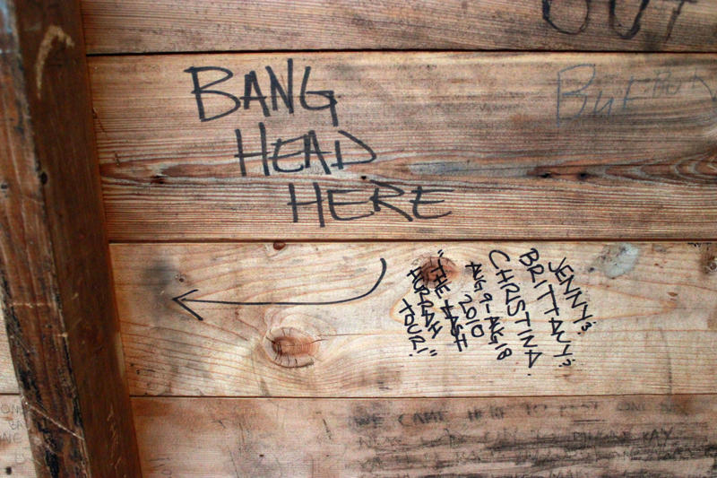 Graffiti in camping shelter