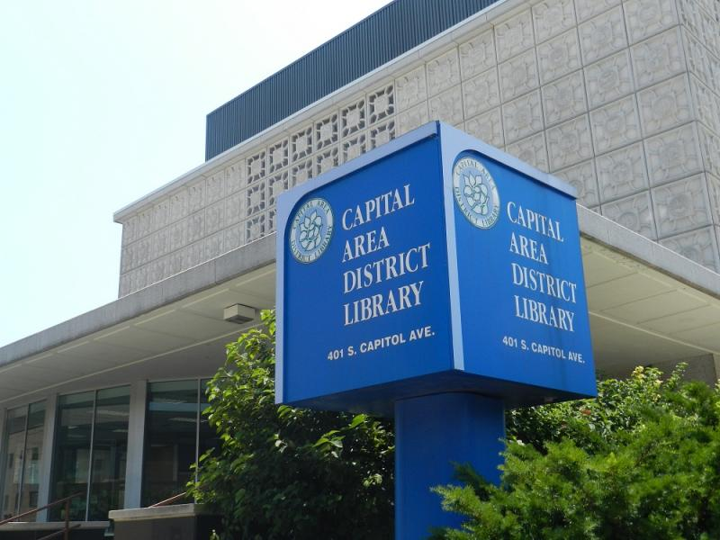Gun rights activists want to be able to openly carry firearms in Lansing area libraries.   The Capital Area District Library says no.
