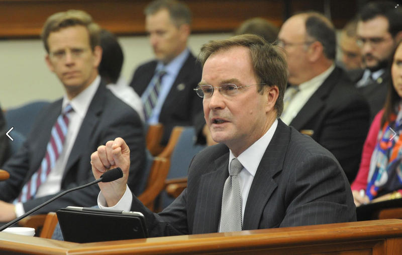 A report says as many as 15 people sent complaints to the Attorney General Bill Schuette's office more than a year before an investigation into the water crisis was launched.
