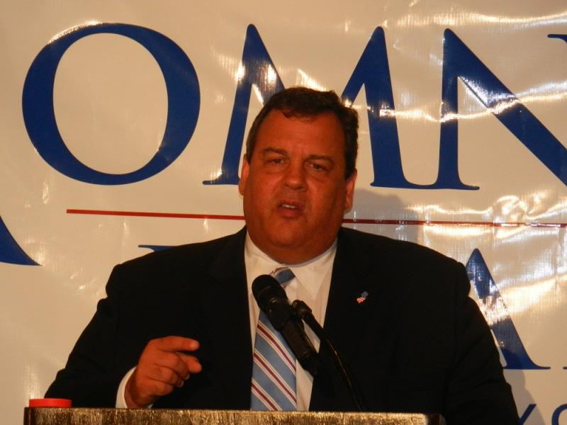 NJ Gov. Chris Christie at a Romney fundraiser in Michigan.