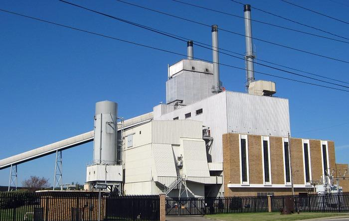 The DeYoung Power Plant in Holland burns coal. The city is switching over to natural gas soon.